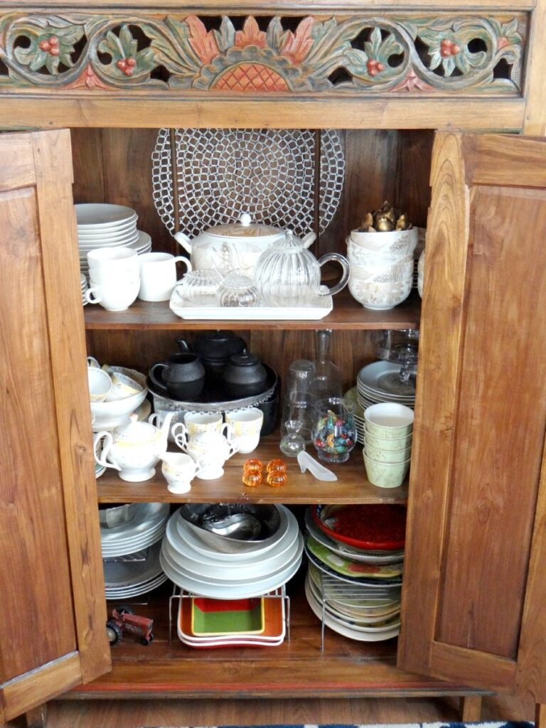 How to organize your china cabinet