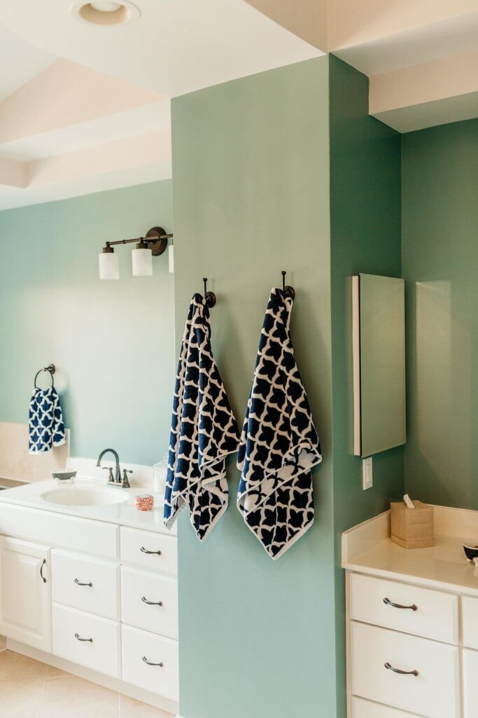 How to Organize the Bathrooms