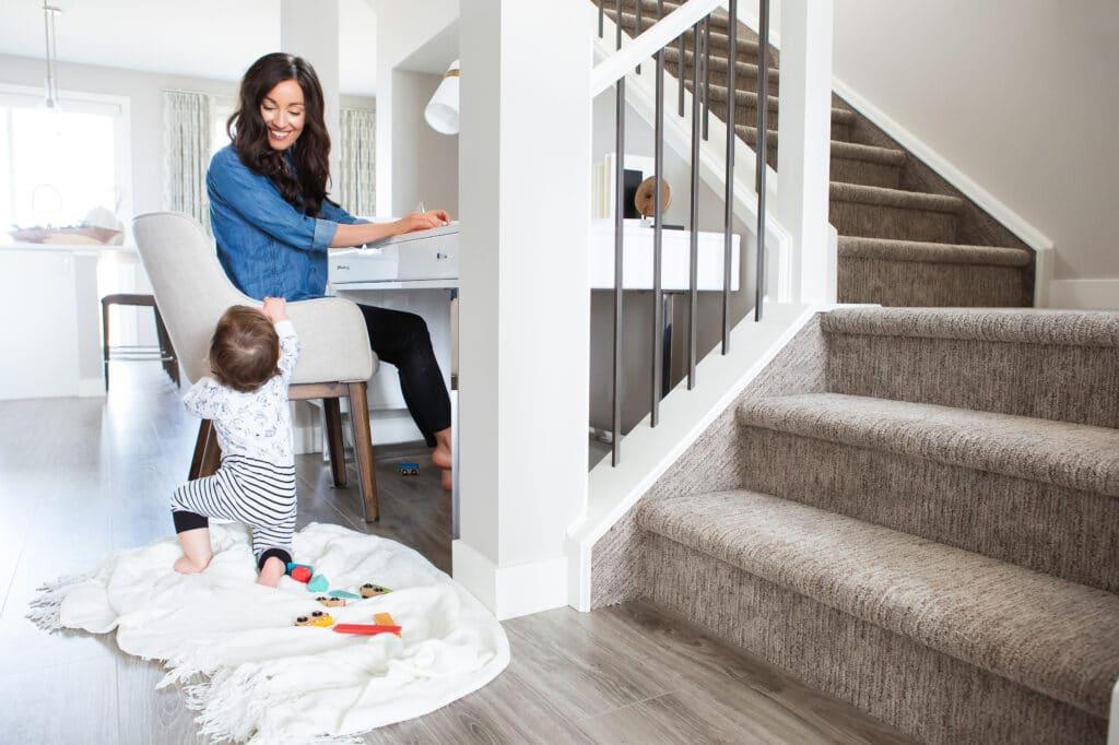 Trabalhar de casa pode ser o sonho de muitas e o pesadelo de outras. Entenda como se preparar para ser uma Personal Organizer mais que organizada.