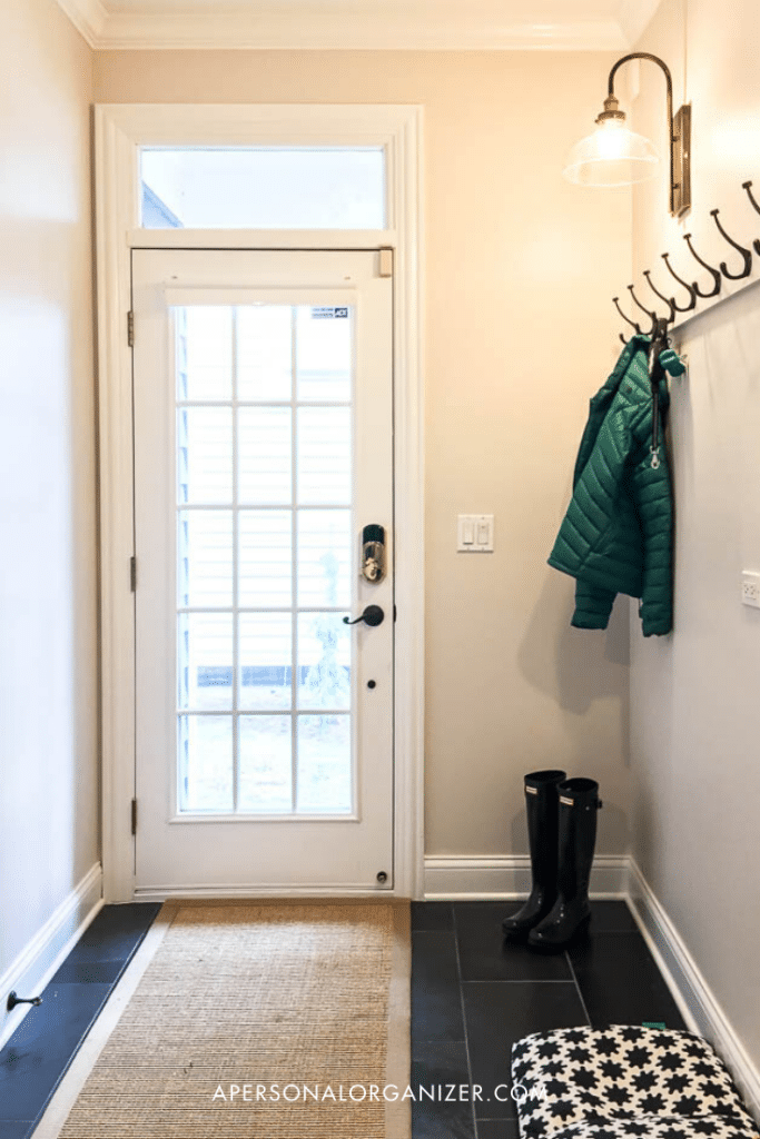 how to organize the mudroom