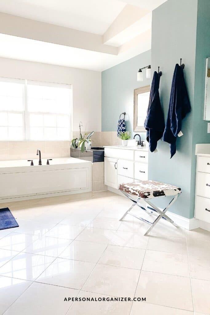 How to organize the bathroom.